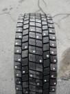 Зимние шины для ледозаливочного комбайна 245 70 R17,5 Bridgestone M729 с шипами