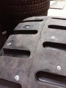 Шипованные шины на погрузчик 8.15-15 Кама-406