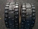 Шипованные цельнолитые шины на портовый погрузчик 23x10-12-8.00 STARCO TUSKER SOLID
