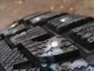 Шипы трехфланцевые для внедорожников, установленные на шины KUMHO iZen RV